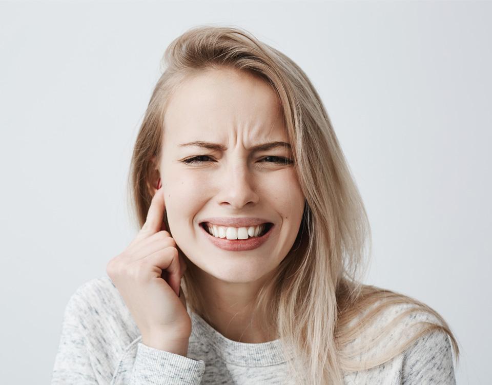Zumbidos no ouvido e o coronavírus